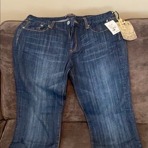NWT - seven flare jeans- 32